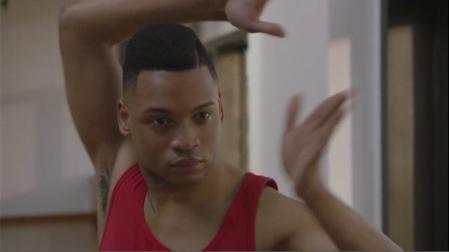 Pose S02 Damon danse